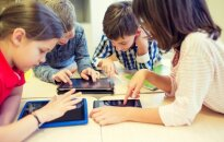 Išmanieji prietaisai neleidžia matyti vaikams svetimų emocijų