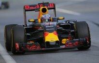 Red Bull Racing automobilis