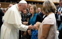 Popiežius susitiko su nukentėjusiais Nicoje