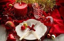 Kaip originaliai ir nebrangiai papuošti švenčių stalą