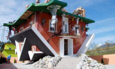 10 keisčiausių namų pasaulyje