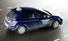 Problemos sprendimą dėl laikinų vairuotojų pažymėjimų siūlo nukelti į vasarą