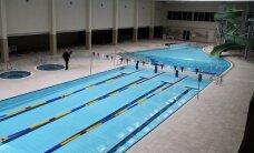 """Atsinaujinęs Kauno """"Girstučio"""" baseinas: galima plaukti be kepurėlių ir su šortais"""