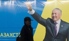 Kazachstano prezidentu perrinktas N. Nazarbajevas