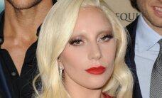 Lady Gagai patikėta atlikti JAV himną per amerikietiško futbolo lygos finalą