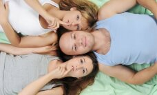 Grupinis seksas: daugiau malonumo ar žalos?