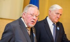 Prof Vytautas Landsbergis and President Valdas Adamkus at the Day of the Defenders of Freedom