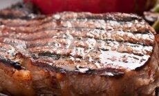 Paskaičiavo: jei 12 eurų mokate už kepsnį – turėtų atnešti du kilogramus mėsos