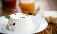 Desertinis sūris su želė ir uogomis