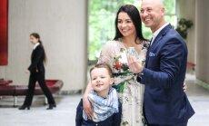 Algirdas ir Milisandra Radzevičiai su sūnumi Roku
