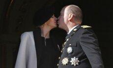 Monako kunigaikštis Albertas II ir jo žmona Charlene
