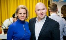 Irena Marozienė su bičiuliu Tomu Dinsmonu