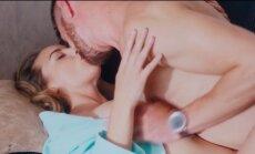 """Atvira Manto Stonkaus sekso scena filme """"12 Kėdžių"""""""