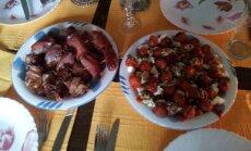 Sicilietiško skonio suktinukai ir salotos