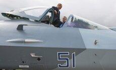 Rusijos naikintuvas T-50 ir Vladimiras Putinas