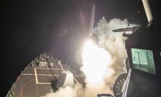 US missiles fly to Syria