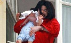 Michaelas Jacksonas su sūnumi
