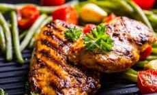 Grilio sezonas: kaip tobulai išmarinuoti mėsą