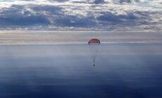 JAV, Rusijos ir Japonijos astronautai grįžo į Žemę iš TKS