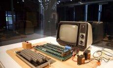 1976 metais pagamintas Apple I kompiuteris