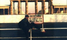 Kadras iš filmo Geismas ir garsas Vakarų Berlyne (1979-1989).