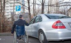 Asociatyvi nuotr. / Neįgalusis vairuotojas