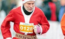 Kalėdų Senelis kalėdiniame bėgime