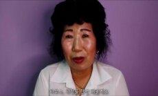 Pagyvenusi moteris iš Pietų Korėjos užkariauja internetą makiažo pamokomis