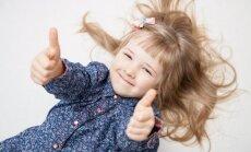 mergaitė, vaikas, linksma, džiaugsmas, laimė, gera nuotaika, plaukai