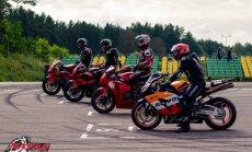 Prasideda motociklų lenktynių sezonas