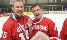 Nerijus Ališauskas (dešinėje)