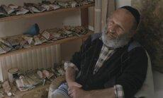 Kadras iš filmo Dialogas su Josefu