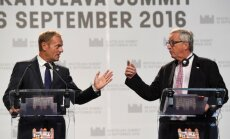 Donaldas Tuskas, J.C. Junckeris