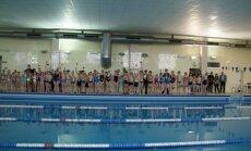 Plaukimo varžybų dalyviai - Kėdainių miesto 3-4 klasių mokiniai