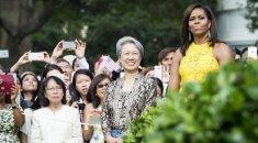 Singapūro premjero žmona nešioja rankinę už 13 eurų: tam yra ypatinga priežastis FOTO