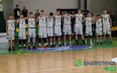Lietuvos 15-mečiai vaikinai ir merginos iškovojo pirmas pergales R. Šiškausko turnyre