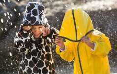 Nėra blogo oro su gera apranga: top 10 daiktų vaikams