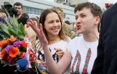 N. Savčenko sako esanti pasirengusi derėtis su separatistais dėl belaisvių