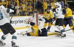 """NHL Vakarų konferencijos pusfinalyje – pirma """"Sharks"""" nesėkmė"""