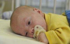 800 gramų sveriančio vaiko kova už teisę gyventi (FOTO)