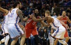 """NBA superžvaigždžių dvikovoje """"Rockets"""" palaužė """"Thunder"""", D. Sabonis buvo nepastebimas"""