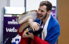 Europos čempionų taurė G. Dragičiaus rankose pasiekė švenčiančią Slovėnijos sostinę