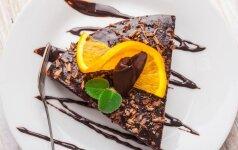 Ypač paprastai pagaminamas šokoladinis pyragas, kurio nereikės netgi kepti!