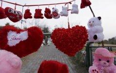 Vasario 16-oji lietuviams svarbesnė, tačiau dovanų gausesnė Šv. Valentino diena