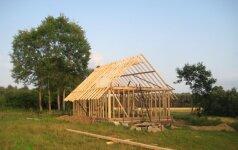 Skaitytojo patirtis: kaip pasistatyti šiaudinį namą
