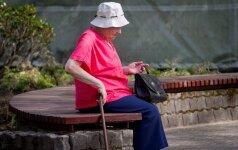 Skurdo ujama pensininkė bėga iš šalies: gėda gyventi tokioje Lietuvoje