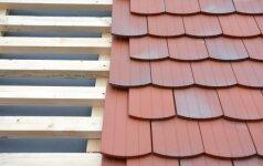 Skirtingos stogų dangos: jų privalumai ir trūkumai