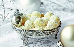 """Ruošiamės Kalėdoms: """"Raffaello"""" skonio sausainiai"""