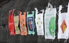 Seimas linkęs uždrausti nemokamus plastiko maišelius