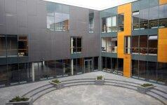 Prabangioje Vilniaus mokykloje išbūti nebegali nei mokiniai, nei mokytojai